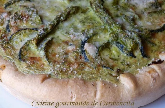 Tarte aux asperges vertes et aux courgettes - Photo par Carmen