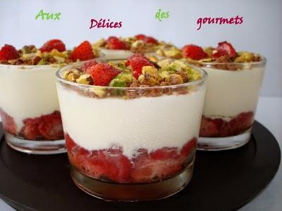 Trifle de fraises à la crème et aux pistaches - Photo par fimere2