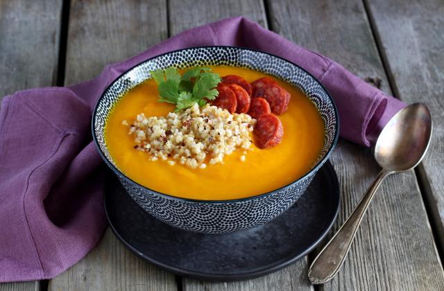 Soupe de potimarron au quinoa et chorizo - Photo par Nadia Paprikas