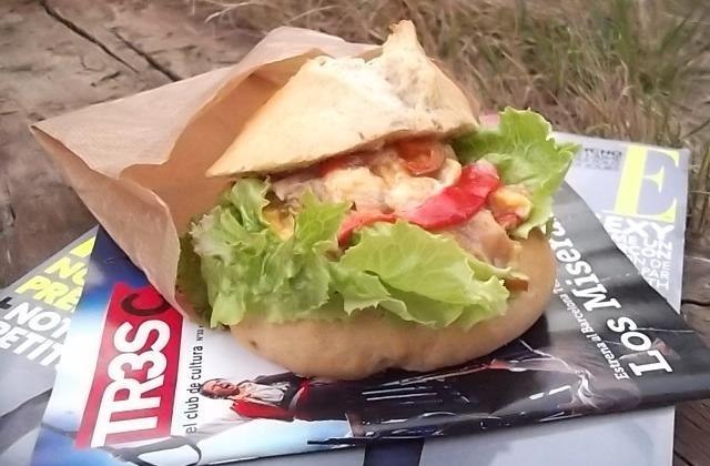Bocadillo à la tortilla transespagnole - Photo par valeriYB