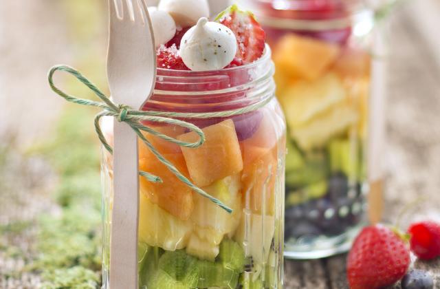 Salade de fruits à la fleur de sel de Guérande et mini meringues au poivre - Photo par Le Guérandais