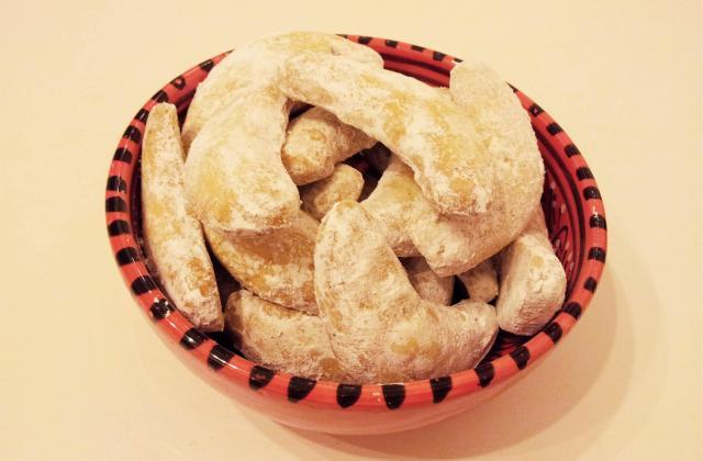 Petit croissant lune noisette et vanille (kipferla) - Photo par Zeste de sucre