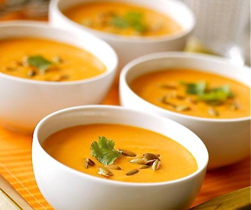 Soupe des 4 C : Carottes Coco Curry Coriandre - Photo par Milartist