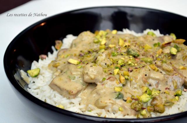 Piccata de veau, sauce crémeuse aux chicons, roquefort et pistaches - Photo par Communauté 750g
