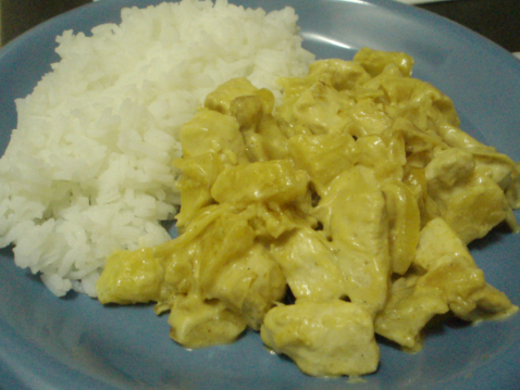Curry de poulet au lait de coco et pommes - Photo par isaste