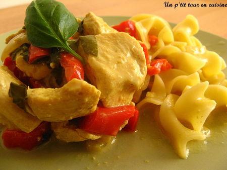 Sauté de dinde au lait de coco curry et basilic - Photo par sherau