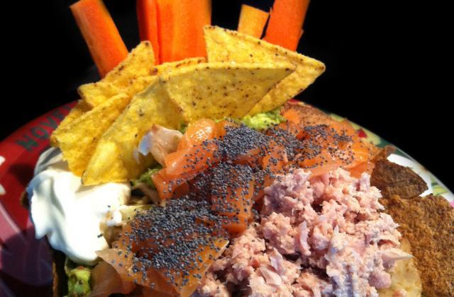 Tacos Salad: Guacamole, Tuna & Salmon ! - Photo par wonderalice
