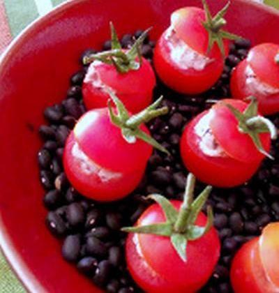 Tomates farcies au chavroux thym et romarin - Photo par buchelodie