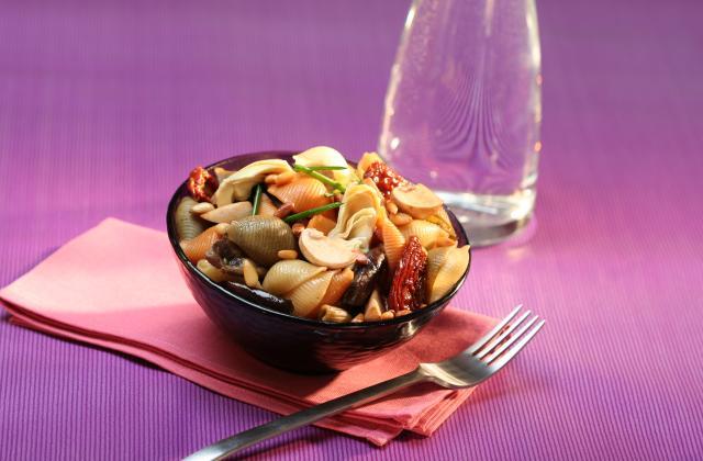 Salade de pâtes aux légumes confits - Photo par Amora
