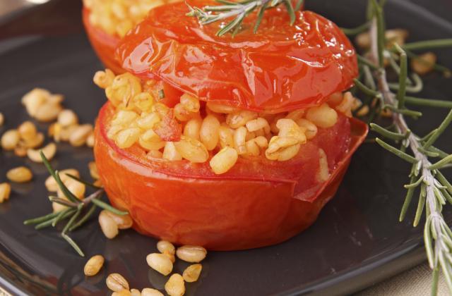 7 recettes de tomates farcies chaudes ou froides à essayer absolument - Photo par Marie-Rose Dominguès