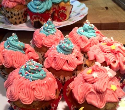 Cupcakes vanille topping vanille - Photo par Tambouille & Délices