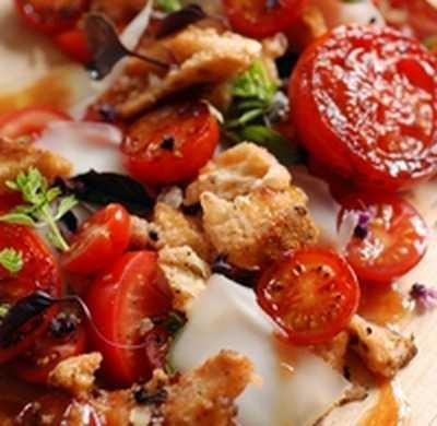 Ma salade de tomate à moi... - Photo par dorian_nieto