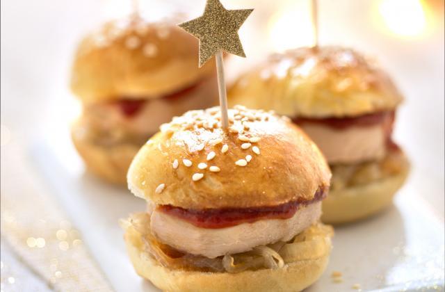 Burger de foie gras au confit de figues et noix - Photo par Cauvin