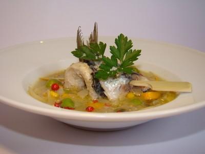 Escabèche de sardine et petits légumes aux citron confit et graines de moutarde - Photo par Sandrine Baumann