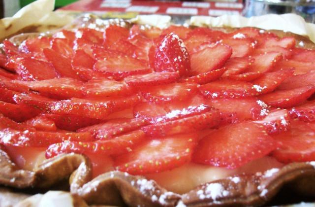 Tarte aux fraises/framboises, crème pâtissière - Photo par motdus