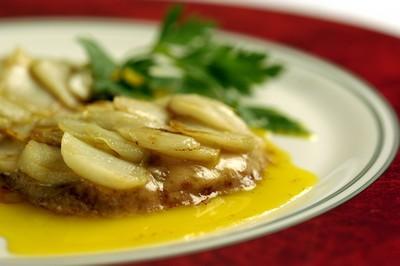 Foie gras aux écailles d'ail rose de Lautrec - Photo par 750g