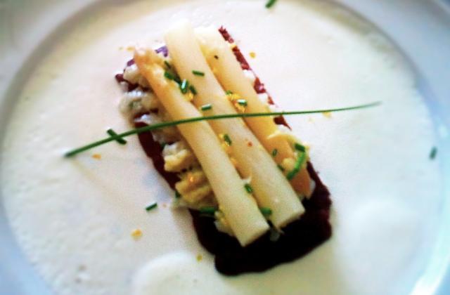 Sablés d'asperges sauce ricotta - Photo par clemob