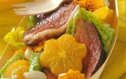 La coupelle fraîcheur salade - orange - magret - Photo par CIFOG