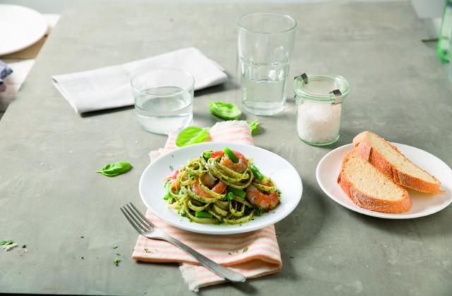 Linguine au pesto genovese, crevettes et haricots verts - Photo par Barilla