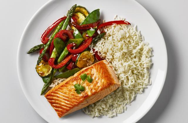 Saumon et légumes du Soleil - Photo par Uncle Ben's®