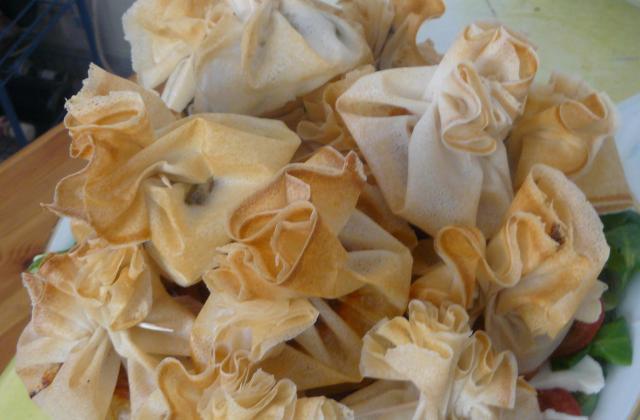 Aumônières tapenade noire et camembert - Photo par cicoucook