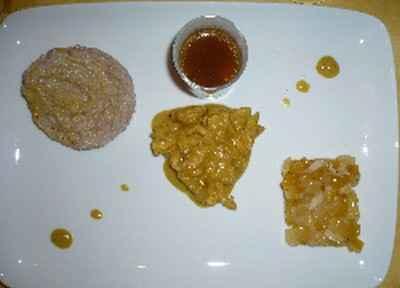 L'été sera chaud ... sauté de dinde au curry et aux agrumes , rissotto crémeux à la crème de coco et aux piment d'espelette, fraîcheur exotique de litchi mangue ananas et kaki sauce  miel ananas - Photo par badday