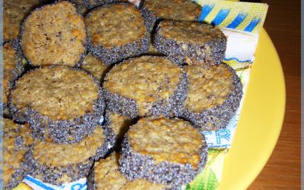 Petits biscuits au fromage et aux graines de pavot - Photo par Anna et Olivia