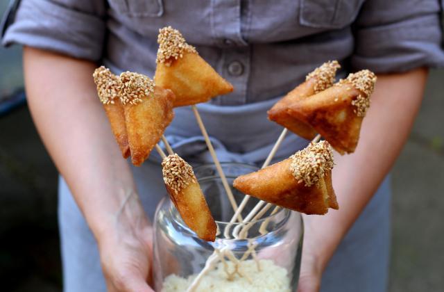 Sucettes de samossas sucrées au riz - Photo par Silvia Santucci