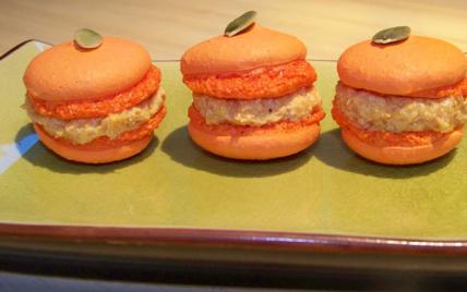 Macarons au foie gras et au potimarron - Photo par Gourmandenise