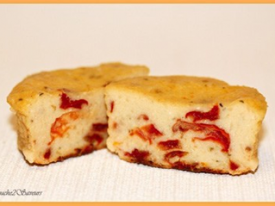Cake ricotta, tomates séchées et basilic - Photo par Isma2