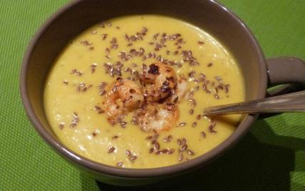 Velouté de courge butternut au curry et lait de coco et ses crevettes - Photo par Hilaryspursuit
