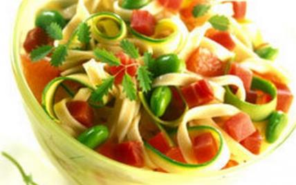 Salade de pâtes au jambon sec - Photo par Le Porc