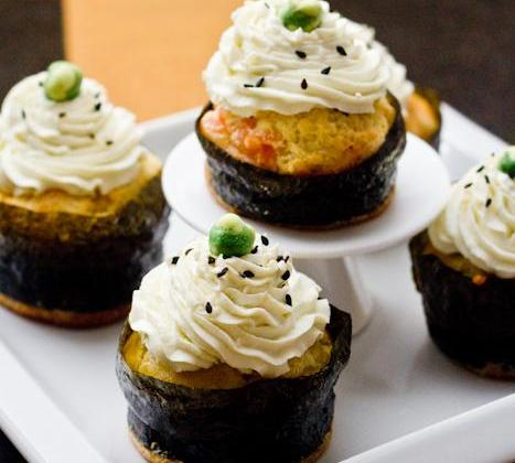 Cupcakes japonisants au saumon, wasabi et fromage à la crème Elle & Vire - Photo par Quiveutdufromage.com
