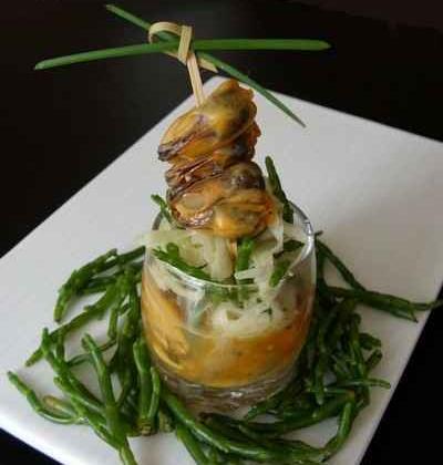 Moules au safran en aspic, salade croquante de fenouil et salicorne - Photo par BerqueretVincent