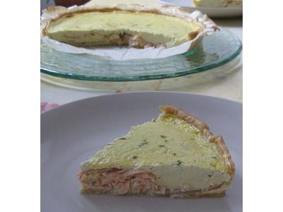 Tarte au saumon fumé et fromage à l'ail et aux fines herbes - Photo par celinesdu