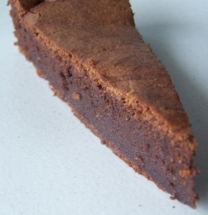 Gâteau fondant au chocolat noir... - Photo par mama31