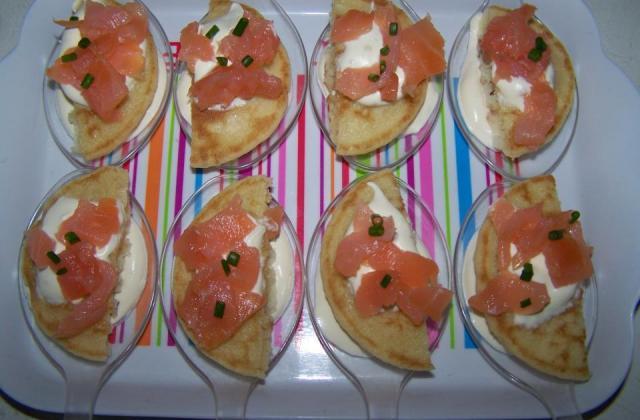 Bouchées blinis et saumon - Photo par sandriH7H