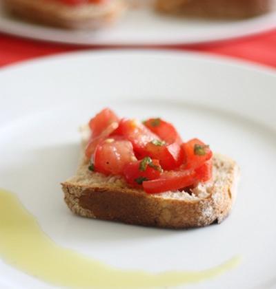 Bruschetta à la tomate - Photo par delphiB6