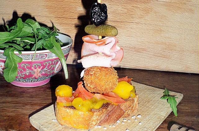 Montaditos de cromesquis voyageant au Pays-Basque - Photo par La petite cuisine de Sabine