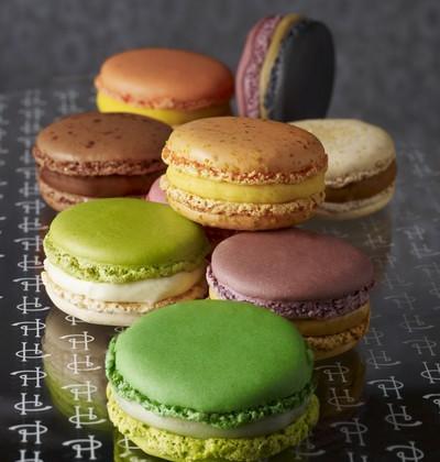 Macaron infiniment chocolat par pierre hermé - Photo par Pierre Hermé