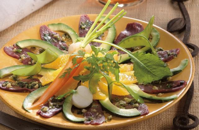 Carpaccio de magret de canard lafitte et sa salade fraîche - Photo par Lafitte Foie Gras
