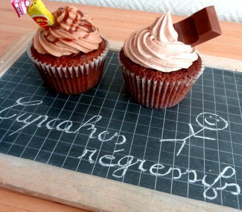 Cupcakes Carambar® et Kinder® - Photo par Marion's Bakery