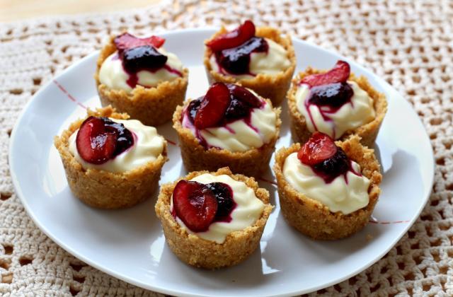 Mini-cheesecakes sans cuisson à la cerise - Photo par Silvia Santucci