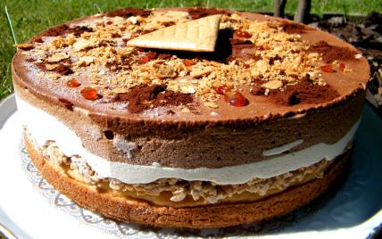 Entremet aux 3 chocolats et caramel - Photo par chouya