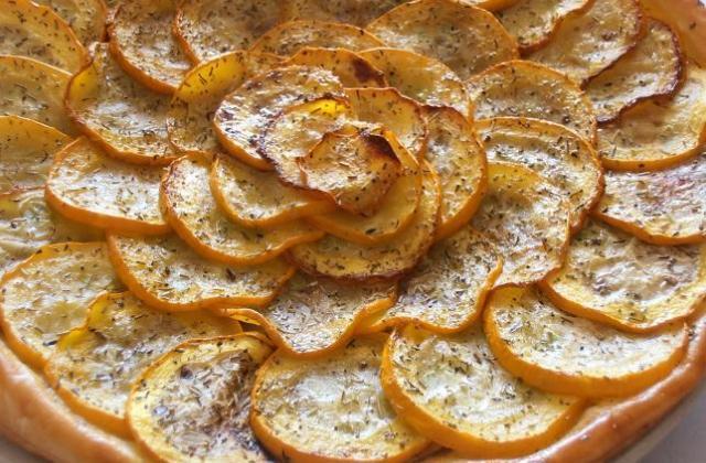 Tarte fine aux courgettes jaunes et crème d'alhambra - Photo par pepitavignon