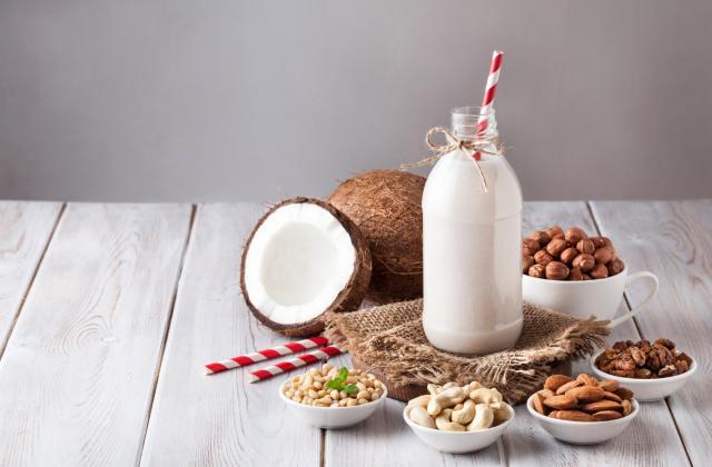 5 conseils pour bien choisir son lait végétal - Photo par 750g