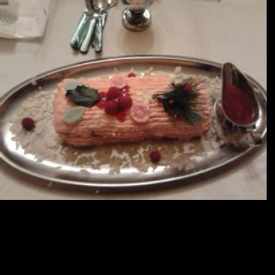 Bûche de Noël à la framboise inratable - Photo par Communauté 750g