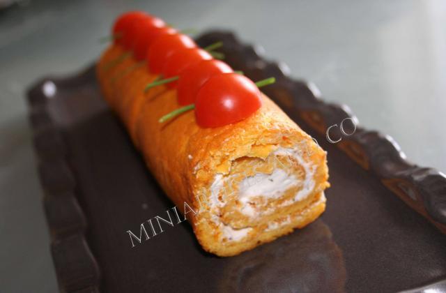 Roulé de tomate au fromage - Photo par sophroch