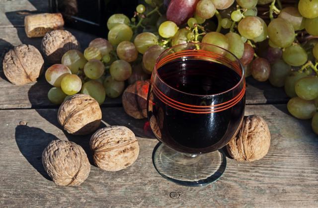 Vin de noix - Photo par pierreAfG