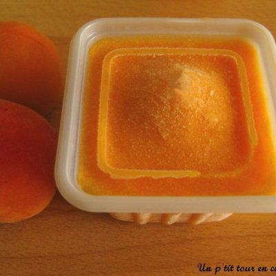 Glace à l'abricot sans sorbetière - Photo par sherau